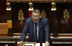 Hausse de la CSG: Joël Giraud charge l'exécutif