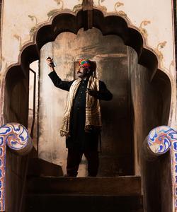 Gazi Khan Barna.