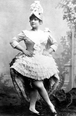 La célèbre danseuse Louise Weber, dite «La Goulue» fait partie du spectacle de l'inauguration.