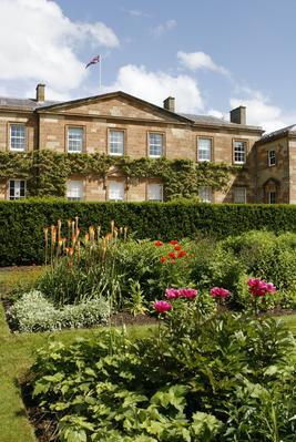 La propriété de Hillsborough, lieu de villégiature de la famille royale lors de ses séjours en Ulster.