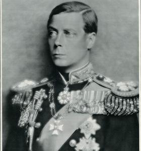 Édouard VIII en janvier 1936 lors des funérailles de son père le roi d'Angleterre George V.