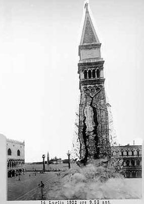Montage photographique par Antonio De Paoli montrant l'effondrement du campanile de la place Saint-Marc le 14 juillet 1902.