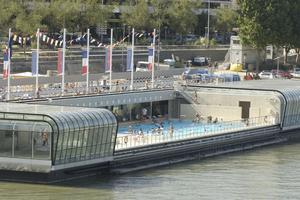 Les meilleures piscines de paris for Piscine josephine baker