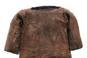 Haut en laine porté par la jeune fille