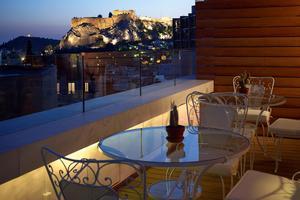 L'hôtel Amplitudes à Athènes. Un lieu chic et ultradesign.