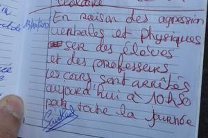 Mardi, une enseignante a fait rédiger un mot dans le carnet de correspondance de ses élèves pour signaler qu'il n'y aurait pas cours, à la suite d'agressions dont ont été victimes des élèves et des enseignants. DR.
