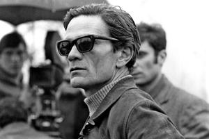 Pasolini sur le tournage de Théorème en 1968.