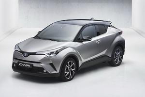 La C-HR inaugure les nouveaux codes esthétiques de Toyota.