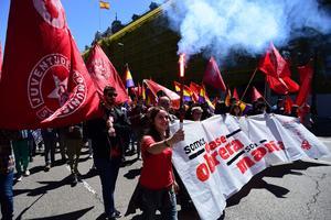 «Nous sommes la classe ouvrière», peut-on lire sur cette banderole espagnole déployée à Madrid.