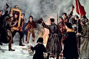 Des soldats russes brûlent le portrait du tsar Nicolas II pendant la révolution de 1917.