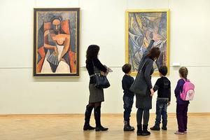 Convaincre ses enfants d'aller au musée nécessite tout un art.