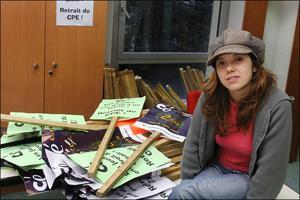 Julie Coudry le 15mars 2006, en leader de la confédération étudiante.