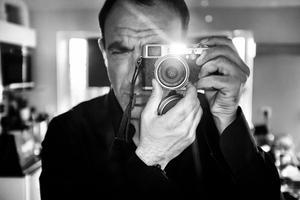 Nikos Aliagas: «Avec les mains il n'y a pas ce masque social».
