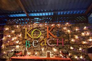Très animé, le Koki Beach est connu pour la saveur de ses langoustes.