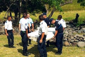 Le débris retrouvé à la Réunion, en jullet 2015.