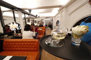 Le salon de thé de la vénérable librairie WHSmith (Ier).