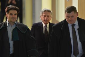 Le cinéaste Roman Polanski arrive pour une audience à Cracovie le 25 février 2015.