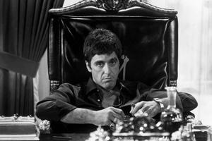 L'acteur Al Pacino dans le film 'Scarface' de Brian De Palma, sorti en 1983.