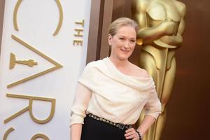Cette pluie de nominations a valu à la comédienne de repartir trois fois avec la statuette de la meilleure actrice.