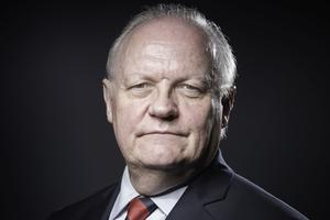 François Asselineau.