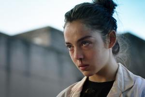 Justine (Garance Marillier), une adolescente quidécouvre sa vraie nature.