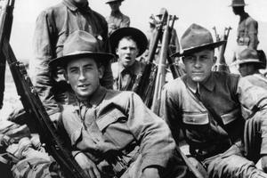 Les soldats américains bien loin du bleu horizon des Français ou du casque à pointe des Allemands.