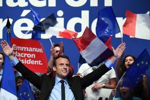 Emmanuel Macron lors d'un meeting à Pau, mercredi 12 avril.