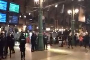 Opération policière lundi soir dans la gare du Nord, évacuée.