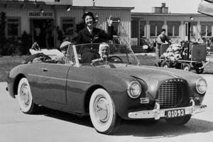 Le très rare cabriolet P1900 de 1957.