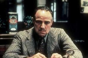 Marlon Brando dans le rôle de Don Corleone.