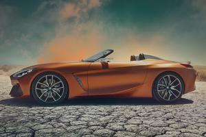 Les proportions ont évolué pour se rapprocher de celles d'un roadster à moteur central.