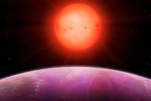 La planète «monstre» avec son étoile.