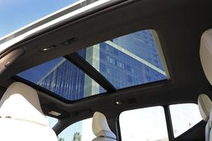 Le toit ouvrant panoramique, une option à 1.320 €