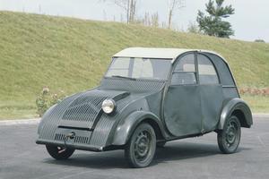 Le prototype de la 2CV.