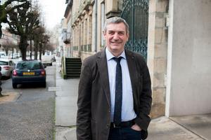 Jean-Paul Dufrègne, député communiste de l'Allier devant sa permanence à Moulins.