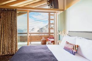 L'hôtel W Verbier, tout près des pistes, a été, une fois encore, élu meilleur hôtel de montagne en Suisse.
