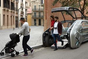 Le concept Renault a particulièrement soigné l'accessibilité à bord.