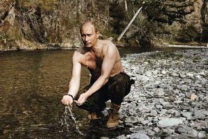 Poutine met en scène son pouvoir.