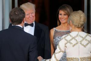 Les époux Trump accueillent le couple présidentiel français