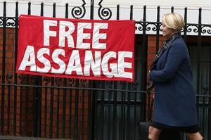 Julian Assange est réfugié à l'ambassade d'Équateur à Londres depuis 2012.