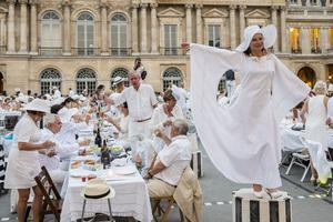 En 2015, les jardins du Palais-Royal ont été le point de ralliement de ce pique-nique géant.