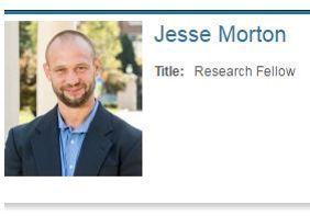 La fiche de Jesse Morton sur le site de l'université George Washington.