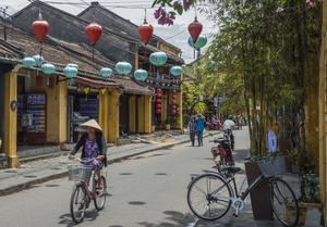 Le centre de Hoi An, interdit aux voitures, n'est fréquenté que par les bicyclettes.