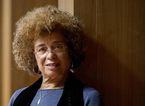Angela Davis militante des droits de l'homme, philosophe, enseignante, ici à l'universite Goethe de Francfort le 3 décembre 2013.