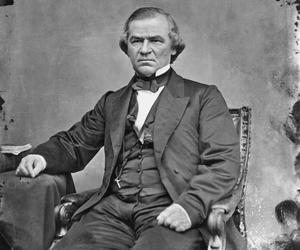 En 1968, le congrès nordiste lance une procédure d'empêchement contre Andrew Johnson. Le président sudiste échappe à la destitution à une voix près.