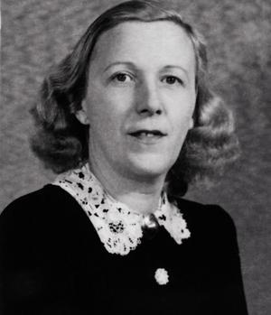 Germaine Peyroles (1902-1979), est députée de 1946 à 1956.