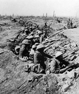 Sur les 120.000 Britanniques partis à l'assaut le 1er juillet, 40.000 sont blessés, 20.000 sont morts.