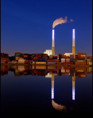 «Vénus et Mars», l'installation de Félicie d'Estienne d'Orves: 476 LED éclairent les cheminées.