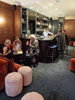 Le Night Flight, bar de l'Hôtel Bachaumont.