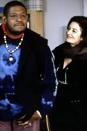 Forest Whitaker et Anouk Aimée dans <i>Prêt-à-porter</i> (1995)